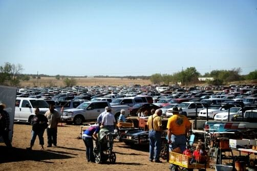 Clarita Amish Auction - Chickasaw Country