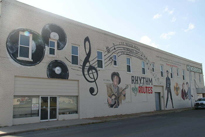 Rhythm and Routes mural in Duncan Oklahoma