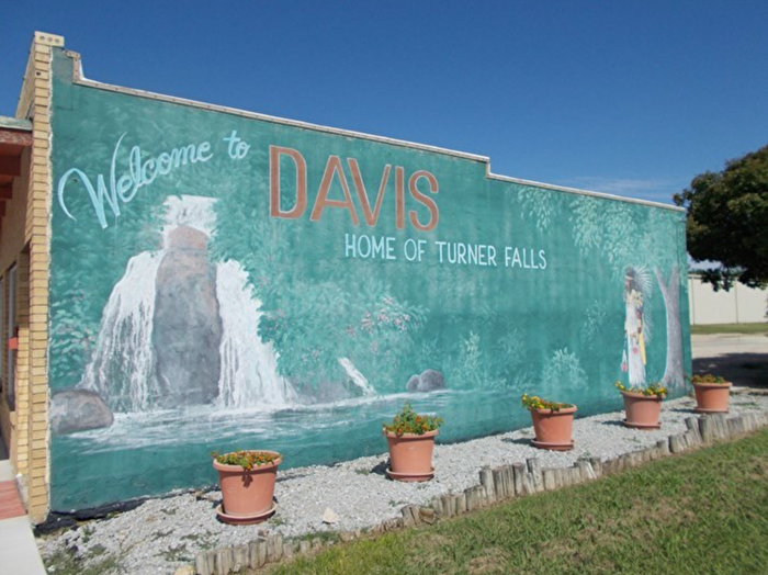 Welcome to Davis mural at Turner Falls Oklahoma