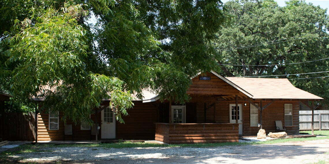 Artesian Cabins and RV Cabins by Trees in Sulphur, Oklahoma