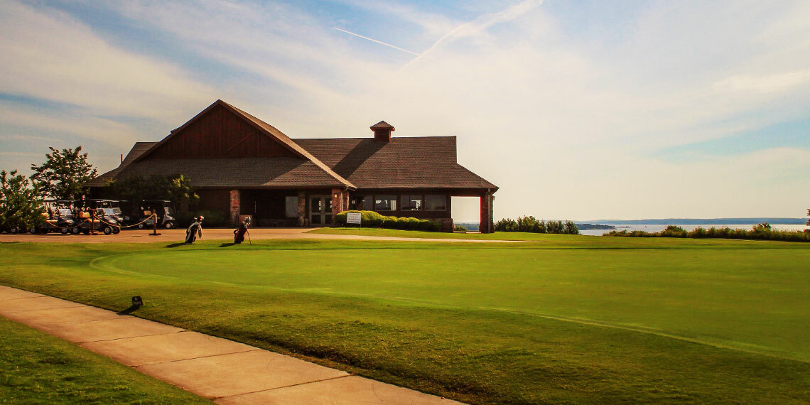 Clubhouse at Chickasaw Pointe Golf Club in Kingston, Oklahoma