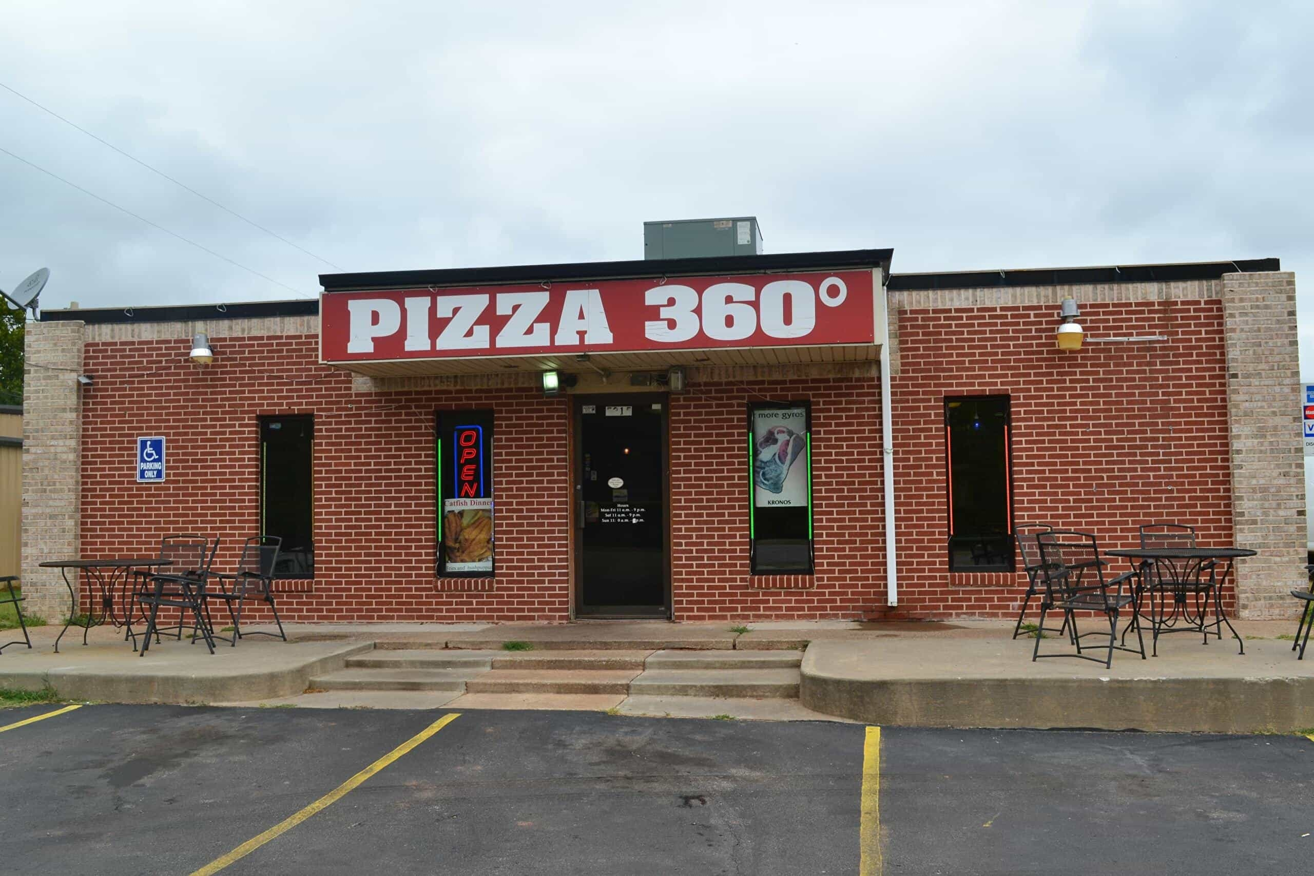 Pizza 360 in Tuttle, Oklahoma