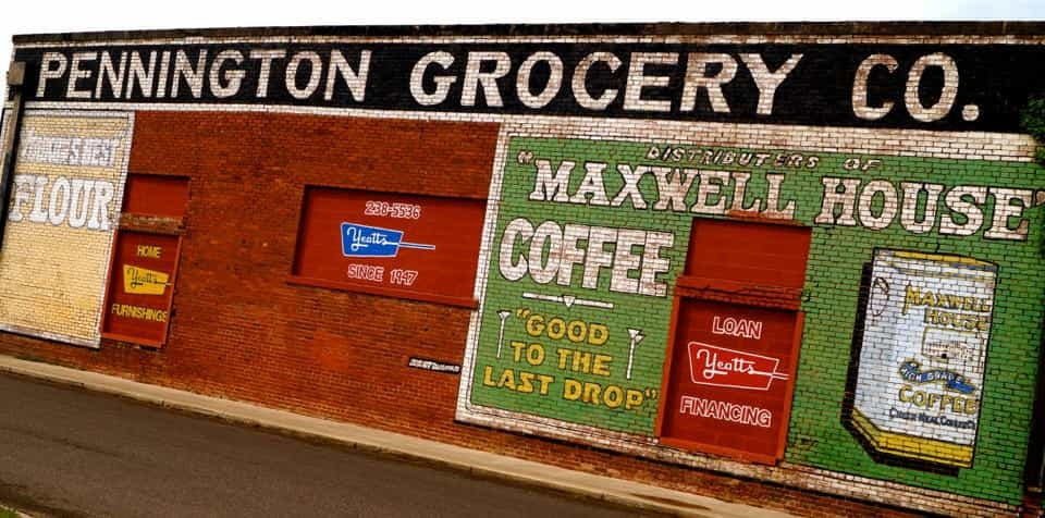 Pennington Grocery Mural in Pauls Valley, Oklahoma