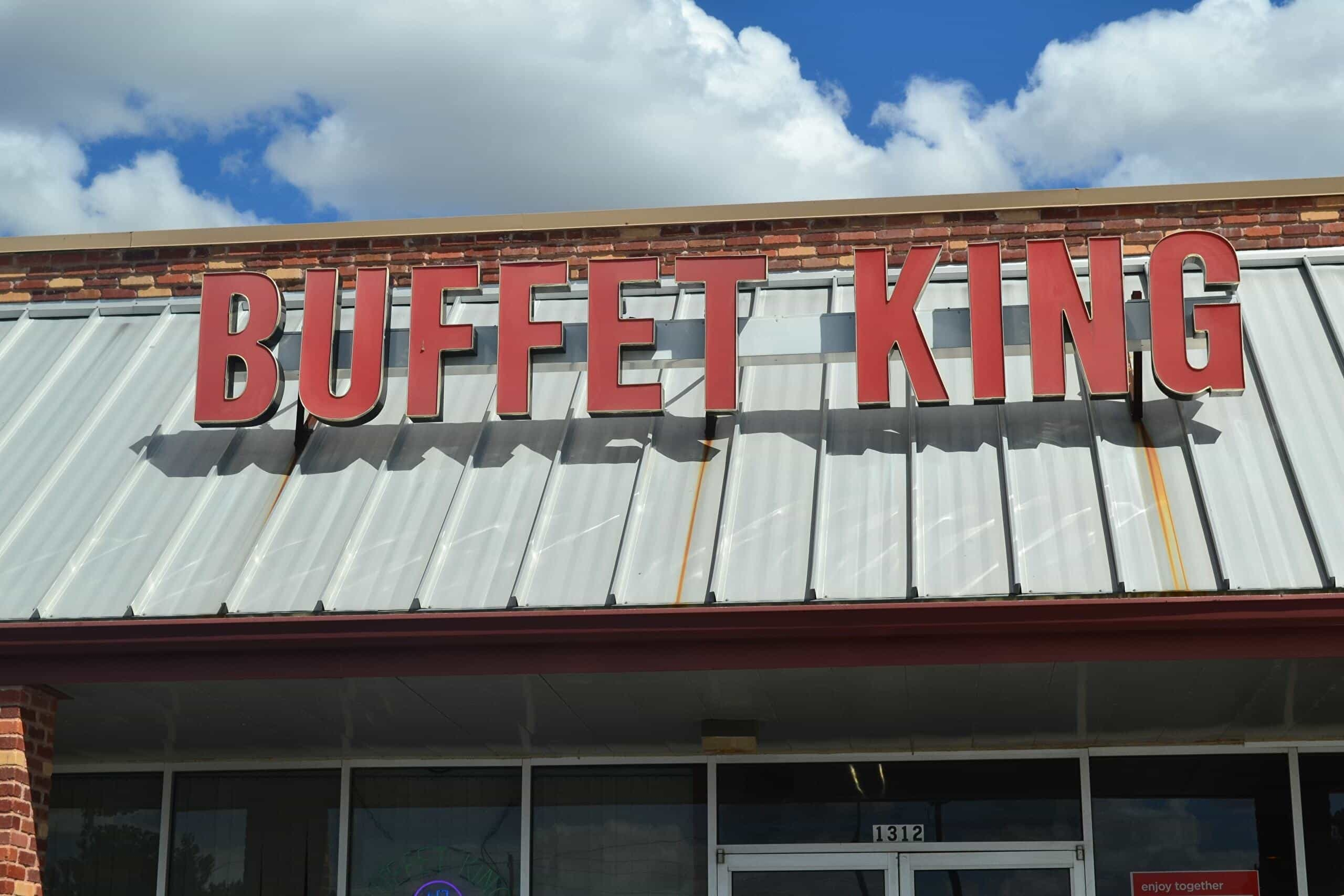 exterior of buffet king in duncan oklahoma