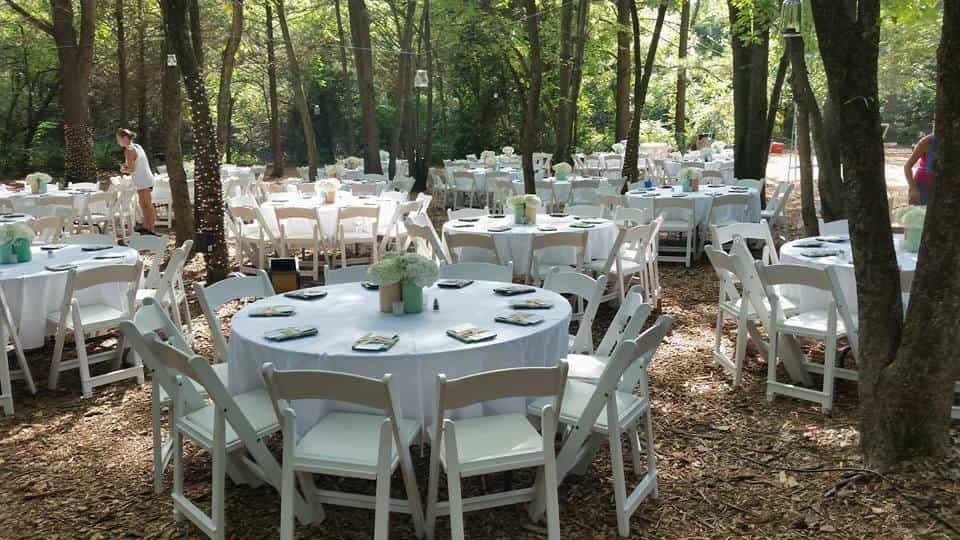 tables at majestic pines wedding venue in oklahoma