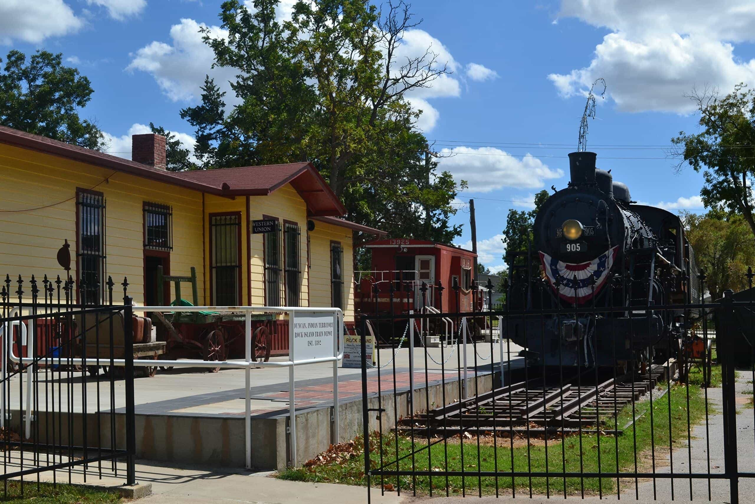 Rock Island 905 Railroad Depot, Museum and Gift Shop - Chickasaw Country