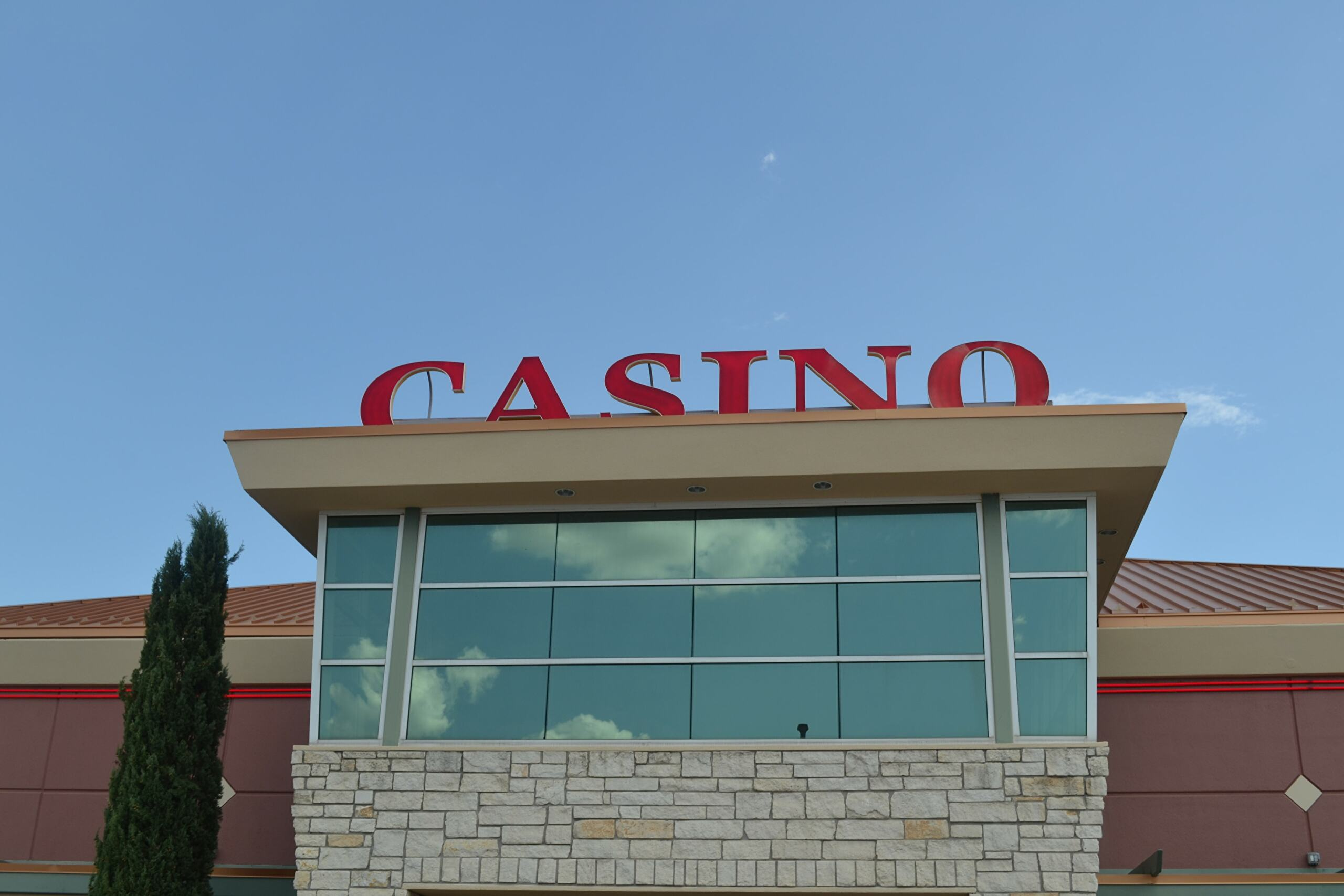 Gold Mountain Casino in Ardmore
